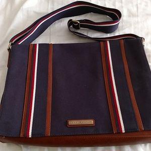 Tommy Hilfiger canvas laptop bag.